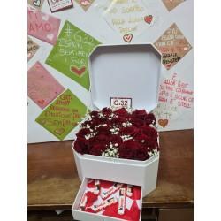 Box con Cassetto con rose e...