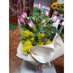 Bouquet rose e mimose